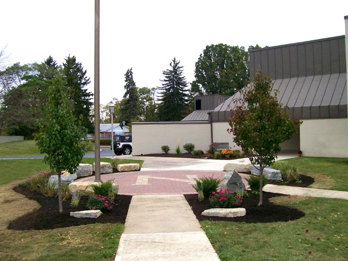 Dayton Ohio Commercial Landscaping with custom hardscape ... - Commercial Portfolio, Whispering Creek Landscaping The Premier